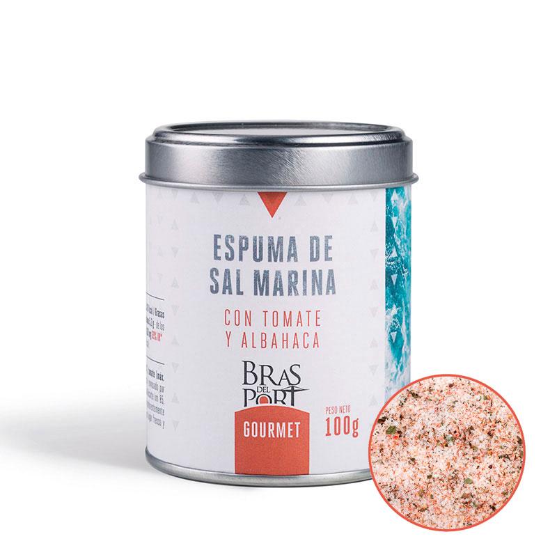 Espuma de sal marina española con tomate y albahaca