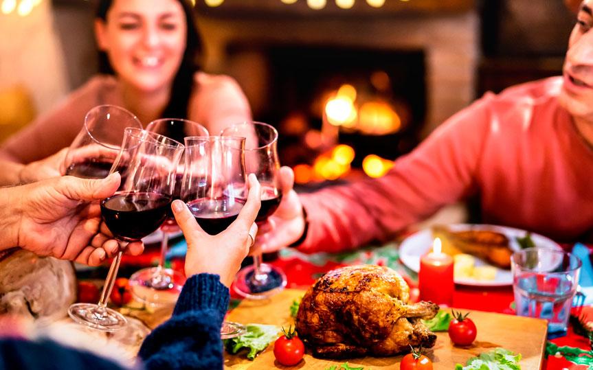 Elegir vino para las comidas de Navidades: claves y consejos