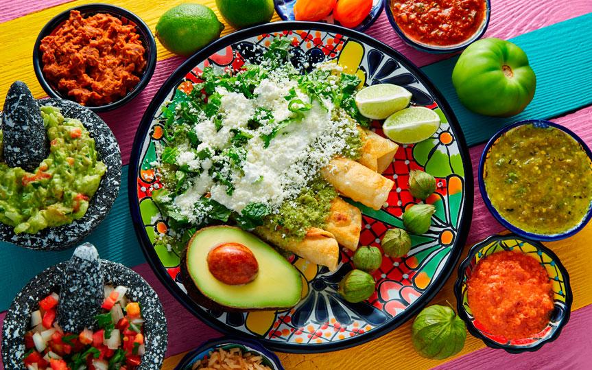 Salsas en gastronomía: características, tipos, beneficios e historia