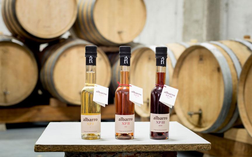 ¿Cuáles son las diferencias entre el vino y el vinagre? ¿Cómo se producen?