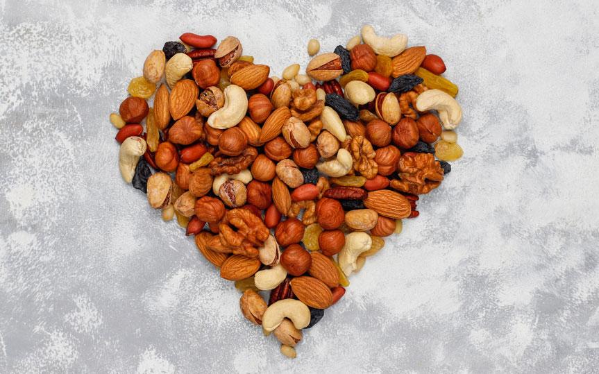 Descubre 10 beneficios de los frutos secos y los tipos que hay
