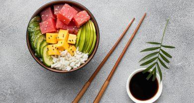 Receta de poke de atún por Iván: el plato de moda más saludable