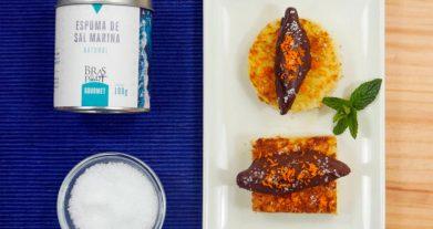Receta de ganache y espuma de sal marina con chocolate y pan por Bras del Port